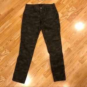 Gap. Size 2. Camo skinny jeans.